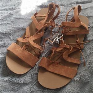 New NY&C Sandals